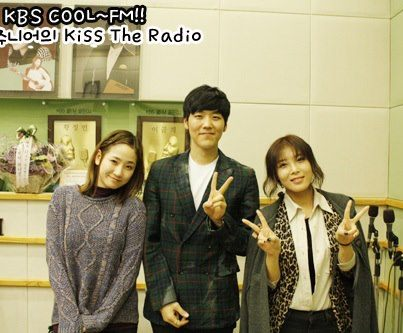 Yeeun & Yubin @ KBS KISS THE RADIO2