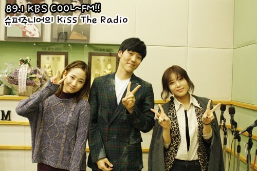 Yeeun & Yubin @ KBS KISS THE RADIO3